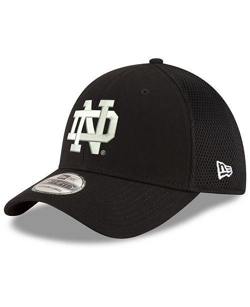 884eb556570 ... New Era Notre Dame Fighting Irish Black White Neo 39THIRTY Cap ...