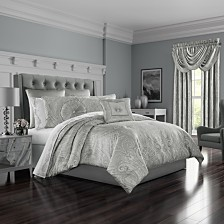 Five Queen Court Brooklyn California King Comforter Set
