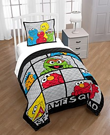 Hip Elmo Twin Quilt