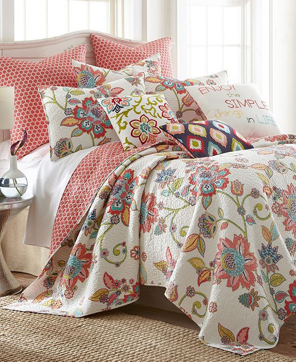 Levtex Home Clementine Spring King Quilt Set