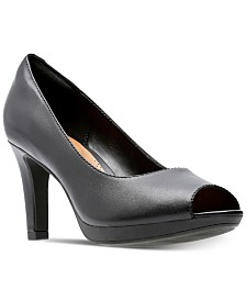 Clarks Collection Women's Adriel Phyliss Pumps