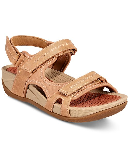 Baretraps Dinah Wedge Sandals