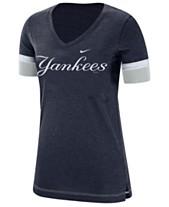 19a79685a5e03 Nike Women s New York Yankees Tri-Blend Fan T-Shirt
