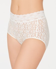 Wacoal Women's Flower-Lace Brief 870405