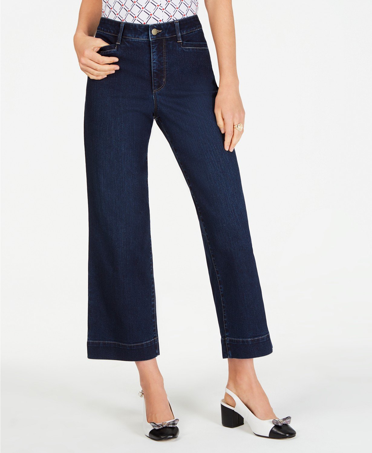 wide leg jeans for petite women
