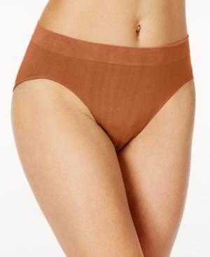 One Smooth U All-Over Smoothing Hi Cut Brief Underwear 2362