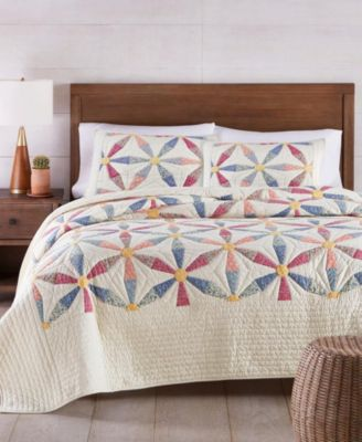 Daisy Wheel Artisan Twin Quilt, Created for Macy's