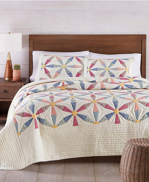 Martha Stewart Collection Daisy Wheel Collector's Quilt and Sham Collection, Created for Macy's