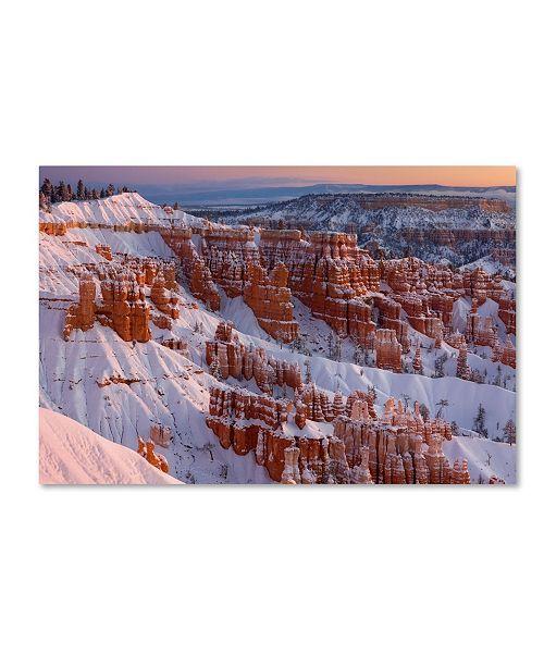 "Trademark Global Mike Jones Photo 'Bryce Sunrise At Sunriset' Canvas Art - 24"" x 16"" x 2"""