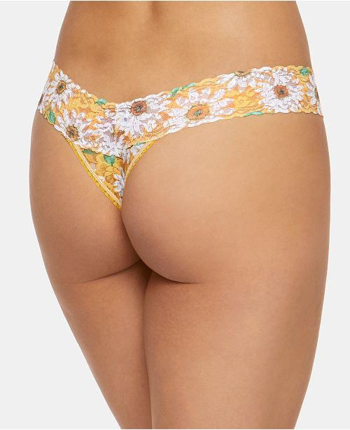 df57f3198345 Hanky Panky Women's One Size Signature Lace Daisies Low Rise Thong 5K1582  ...