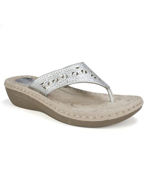 White Mountain Cliffs by Carlotta Comfort Thong Sandals