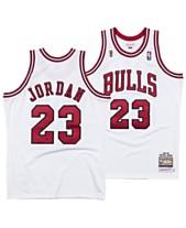 3891ed80b2534c Mitchell   Ness Men s Michael Jordan Chicago Bulls Authentic Jersey