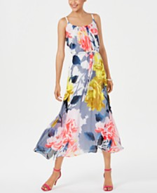 Robbie Bee Petite Floral-Print Maxi Dress
