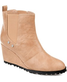 Journee Collection Women's Comfort Jessie Bootie