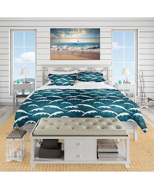 Design Art Designart 'Waves Pattern' Nautical and Coastal Duvet Cover Set - King