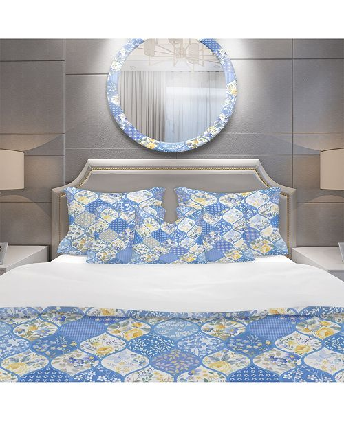 Design Art Designart 'Patchwork Pattern With Flowers and Butterflies' Patterned Duvet Cover Set - Twin
