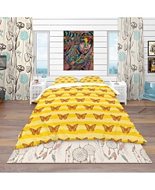 Designart 'Pattern Of Butterflies' Modern and Contemporary Duvet Cover Set - King