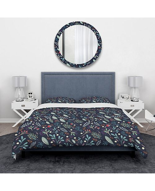 Design Art Designart 'Sparkling Forest Leaves On Dark Blue' Modern and Contemporary Duvet Cover Set - Twin