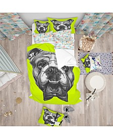 Designart 'English Bulldog With Bow Tie' Modern and Contemporary Duvet Cover Set - Twin