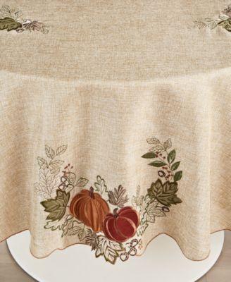 "Harvest Wreath 70"" Round Tablecloth"