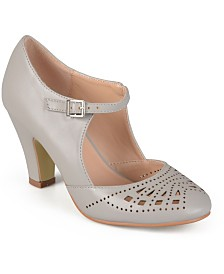 Journee Collection Women's Elsa Pumps