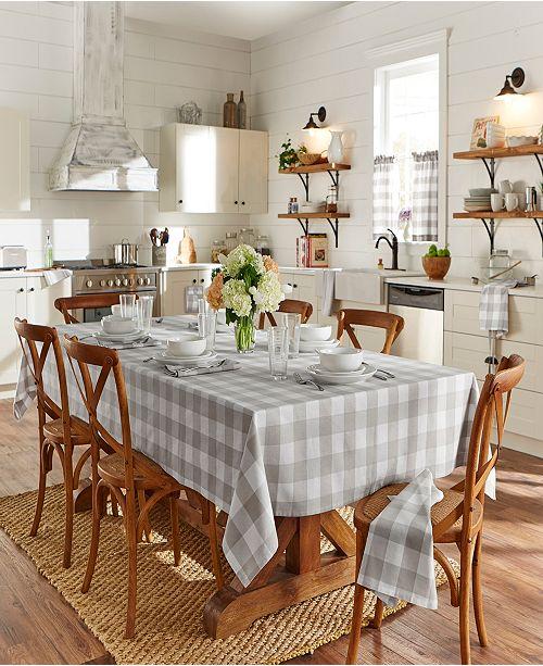"""Elrene Farmhouse Living Buffalo 60""""x 102"""" Tablecloth"""