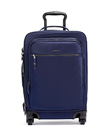 "Voyageur Tres Leger 21"" International Softside Carry-On Spinner"