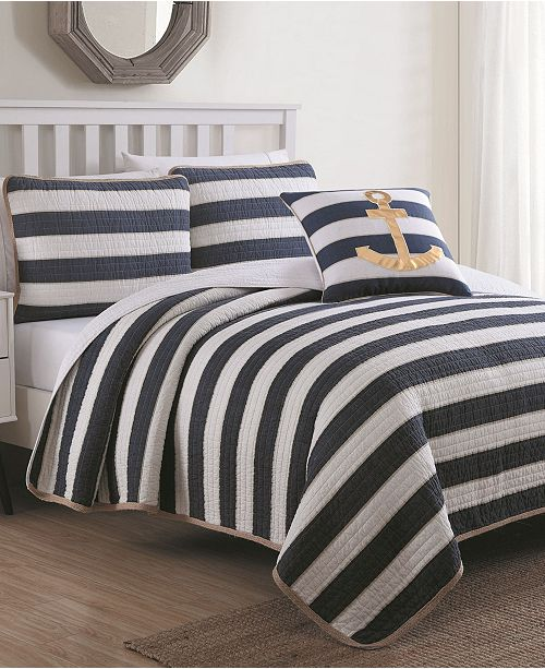 American Home Fashion Estate Hampton 4 Piece Quilt Set Full/Queen with Decorative Pillow