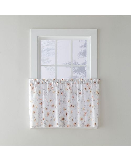 "Saturday Knight Blushing Blooms Tier Pair, 57"" X 36"""