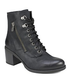 White Mountain Dorian Ankle Boots
