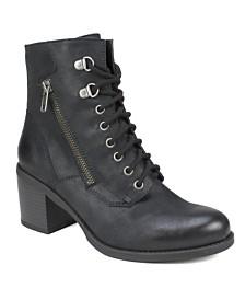 White Mountain Dorian Ankle Boots