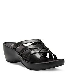 Eastland Show Women's Poppy Slide Sandals