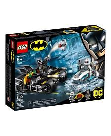 LEGO  Mr. Freeze™ Batcycle™ Battle 76118