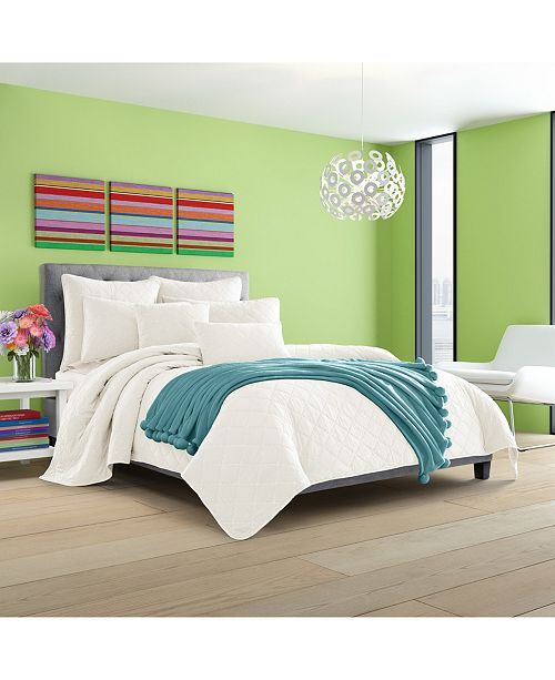 J Queen New York Oakland Bedding Collection