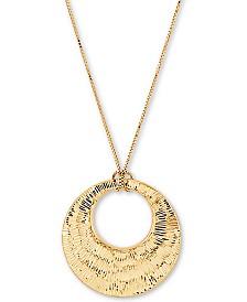 "Bark Finish Graduated Circle 18"" Pendant Necklace in 14k Gold"