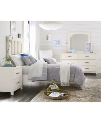 Ashford Bedroom Furniture, 3-Pc. Set (Twin Bed, Nightstand & Chest)