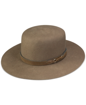 A handsome hat with understated charm, this piece from Stetson is in all-wool felt for a classic look and feel.