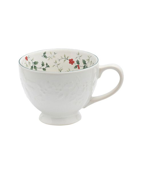 Pfaltzgraff Winterberry White Embossed Mug