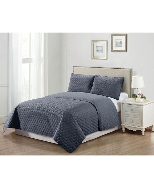 Causual Living Casual Living Solid Color Tile Stitch 3 Piece Quilt Set, Queen
