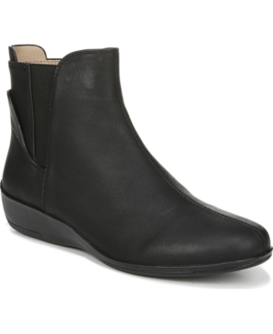 Izzy Booties Women's Shoes