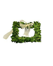 Square Boxwood Wreath with Ribbon
