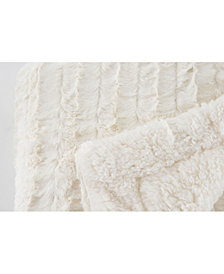 Happycare Textiles Reversible Sherpa Throw Blanket