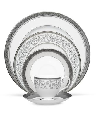 Summit Platinum Oval Platter, 14
