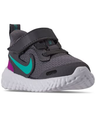 nike revolution shoes for girls