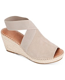 by Kenneth Cole Women's Charli Elastic Espadrille Wedge Sandals