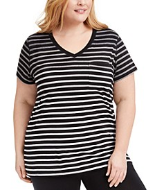 Plus Size Pocket T-Shirt