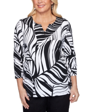 Women's Missy Checkmate Tropical Leaves Top