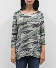 Women's Camo 3/4 Sleeve Button Back Top