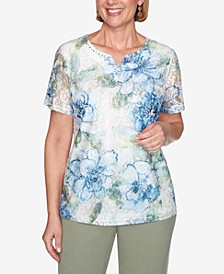 Short Sleeve Textured Lace Front Floral Knit Top
