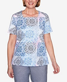 Plus Size Medallion Print Short Sleeve Knit Top